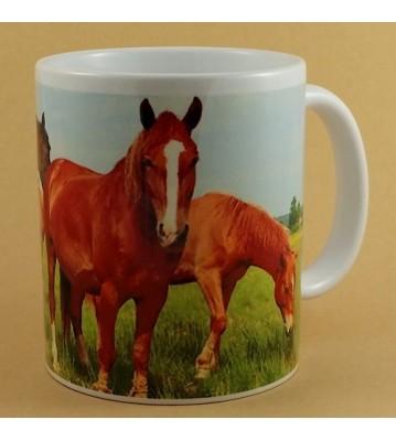 Hrnek Koně na pastvině