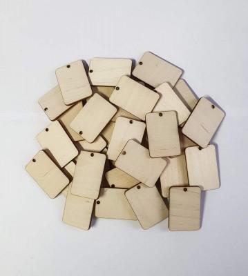 Dřevěné visačky s dírkou balení 30 nebo 50 ks