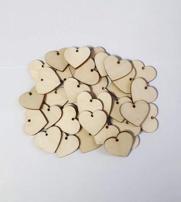 Dřevěné srdíčka s dírkou balení 30 nebo 50 ks