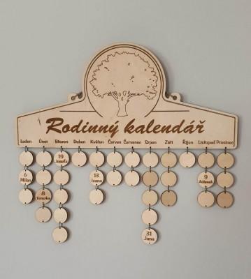 Rodinný kalendář se jmény
