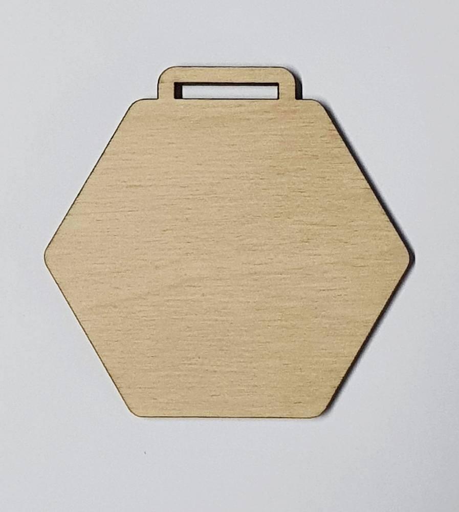 Medaile dřevěná šestihran čistá polotovar , balení 30 ks nebo 50 ks
