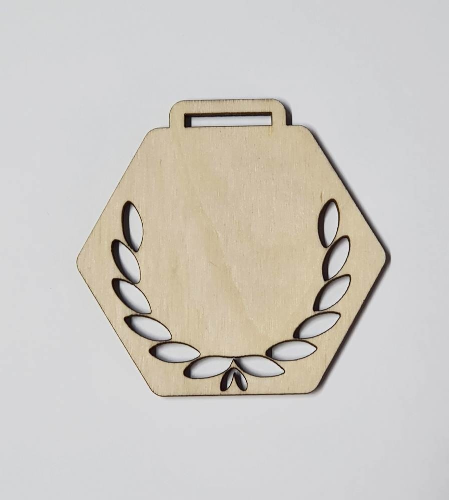 Medaile dřevěná šestihran vzor 2 polotovar , balení 30 ks nebo 50 ks